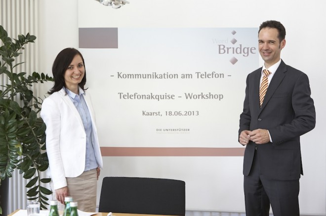 """Izabela Szumska von Wordbridge aus Münster und Markus Gürtler von Die Unterstützer aus Kaarst ein """"Paar"""" bei der Gestaltung von Workshops zum Telefonmarketing"""