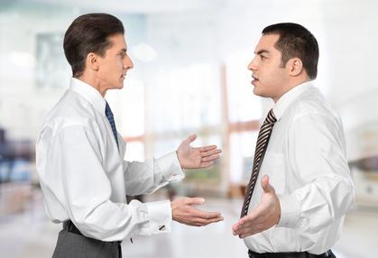 Mit dem Werte- und Entwicklungsquadrat die Balance zwischen Harmoniestreben und Konfrontationskurs finden